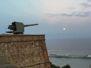 castle romantic fighter tank moon